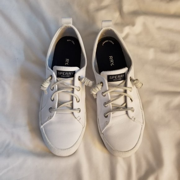 Women's Crest Vibe Leather Sneakers